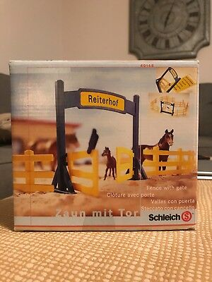 Schleich fence with gate - good condition