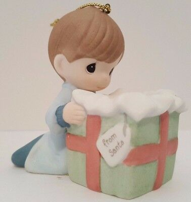 Precious Moments The Wonder of Christmas Porcelain Ornament 131014