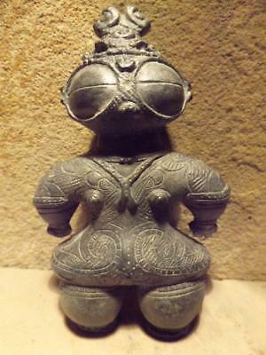 Dogu statue Japanese sculpture Jomon art. Ancient aliens / Chariots of the gods