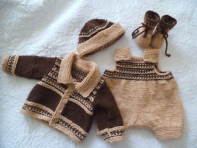 Cute Hand Knitted Baby Clothes 4 Piece Pram Set Outfit size 0000  or Reborn Doll