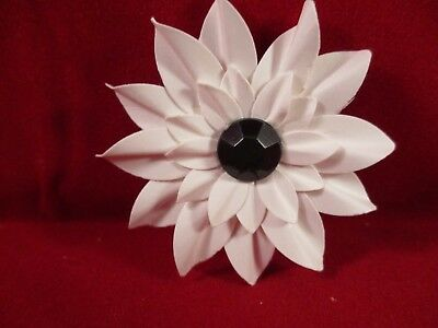 10 Handmade Paper Flowers................white With Black Centres