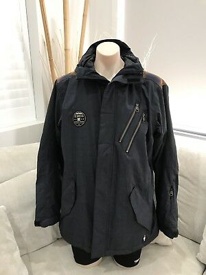 Awesome DC Black Mens Snow Ski Jacket Excellent Condition Medium Waterproof