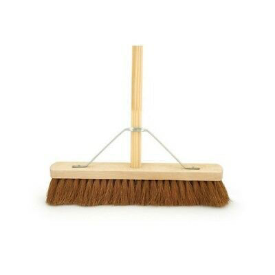 "18"" Black Coco Soft Bristle Platform Broom With Handle"