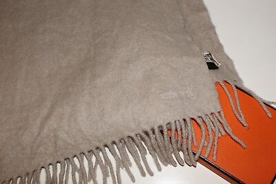 Mens / Womens Outstanding Hermes 100% Cashmere Light Beige Scarf Shawl