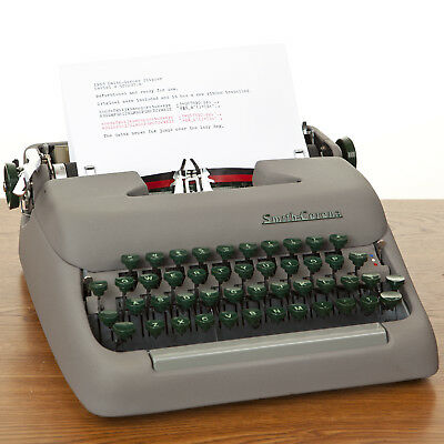 Refurbished 1953 Smith Corona Typewriter Excellent Condition New Ribbon and Case