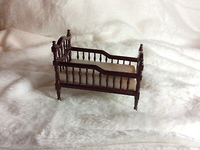 Dollshouse Victorian reproduction cot/bed with mattress