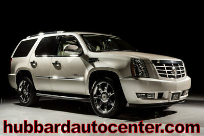 2013 Cadillac Escalade AWD 4dr Luxury 2013 Cadillac Escalade, Luxury Package, 1-Owner, Clean Carfax, AWD, Loaded!!!