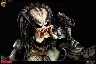 SideShow Collectibles Predator Statue Alien numbered 172/750