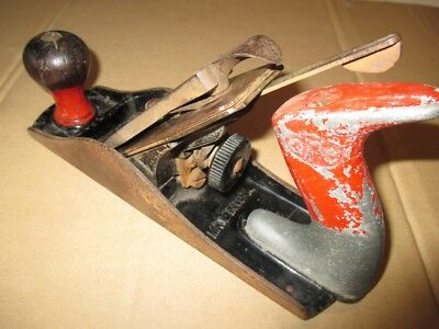 vintage Stanley Bailey No.4 hand wood plane made in USA