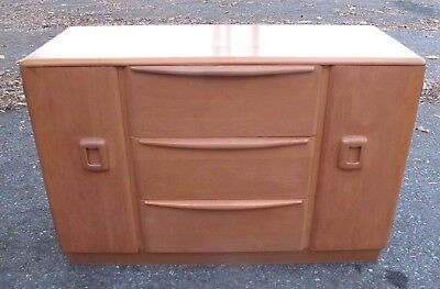 1950S HEYWOOD WAKEFIELD M592 CHAMPAGNE BUFFET / SERVER mid century credenza