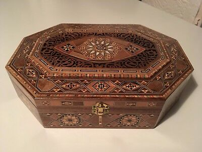 Wooden box large  oriental middle east hand made Marquetry