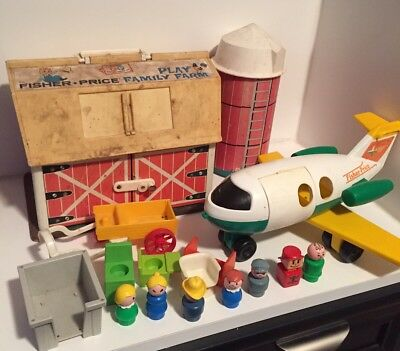 Vtg Fisher Price Little People 915 Farm Barn Figures Silo Lot + Extras Airplane
