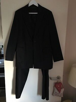 Windsmoor Trouser Suit NEW without tags Jacket Size 16.Trousers Size 14.