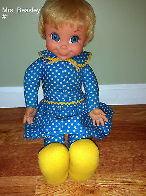 Mrs. Beasley Vintage 1967 Family Affair Doll - Wonderful Condition- Apron/Bib #1