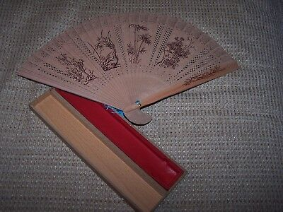 Vintage Pierced Wood Rare Oriental Hand Fan In Original Gift Box 2 Sided