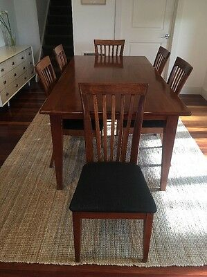 Solid Timber Hardwood Dining Table With 6 Upholstered Chairs