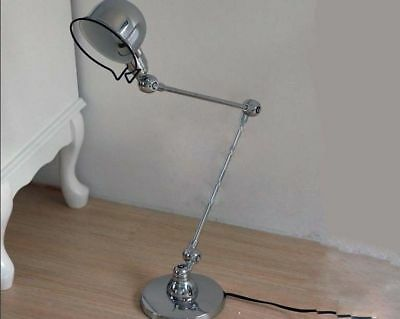 B015 European Chrome Color Iron Art Shade Bedroom Decoration Table Lamp Light B