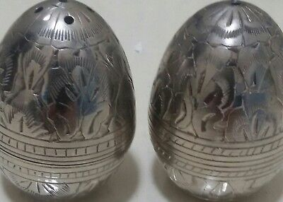 silvered egg shape salt and pepper 145g combined weight