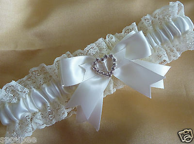 WEDDING GARTER IVORY CREAM BRIDAL BRIDE SATIN AND LACE DIAMANTES HEARTS Gift New