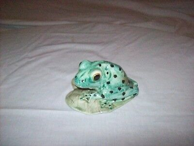 Frog on Heart-Shaped Lily Pad Porcelain Ceramic Figurine