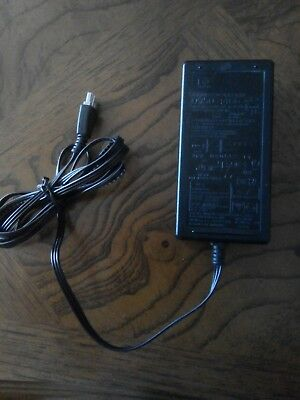 HP 32/16 Volt 940mA/625mA (Genuine) Printer power supply AC adaptor (with AU pow