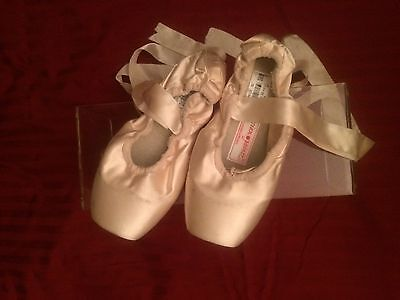 Russian Pink Pointe Shoes - Size:  Med 38 W4 V2 -  Muze B 25