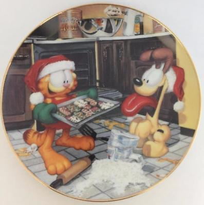Garfield Holiday Delights Danbury Mint Collector Plate Jim Davis