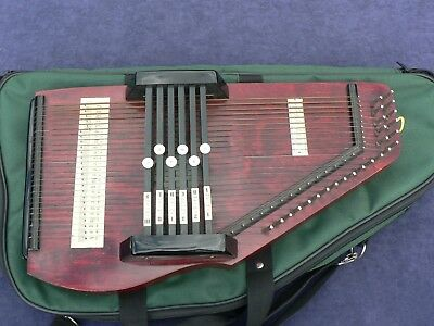 Autoharp, Early USA Vintage Instrument + Soft Case, 6 Chords, Very Compact Harp