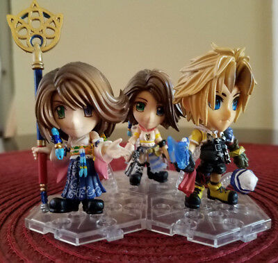 Final Fantasy Chibi Figures: Tidus, Yuna (x2), Lightning and Accessories