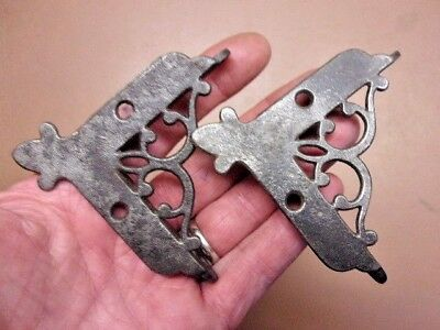 "Vtg Pair of Cast Iron Victorian Screen Door Corner Brackets 2 1/8"" x 2 1/8"" Nice"