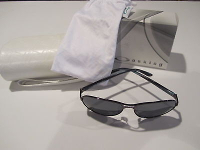 Oakley Tie Breaker Sunglasses Polished Blackberry Black Iridium OO4108-05
