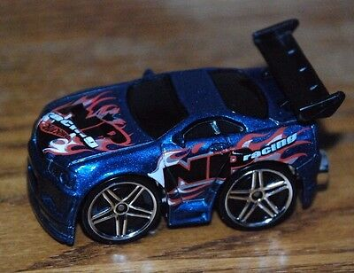 Hot Wheels Blings Out-A-Line, 1st Edition 2004-040, MINT, 1/64,