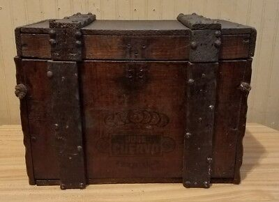 Vintage Jose Cuervo Tequila Wooden Box With Hinged Lid Wood Antique Style Trunk