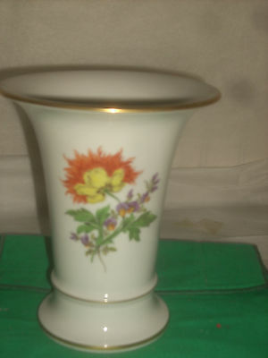 """Meissenfine china Flower Vase  hand painted 6 1/2""""tall new perfect condition"""