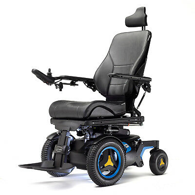 Electric Wheelchair / Chaise roulante électrique