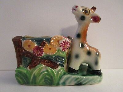 VINTAGE HAND PAINTED POTTERY GIRAFFE BY FENCE AND FLOWERS PLANTER VASE Sm CHIP
