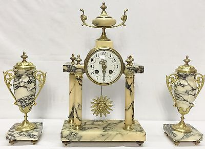 1252 Antique French Three Piece Mantel Clock Set. Uhr, Horloge
