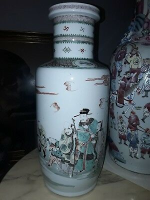 Famille verte vase rouleau chinese Qing 19th kangxi      47cm height