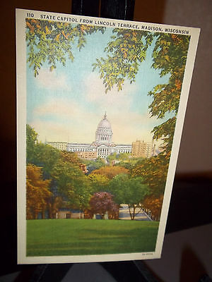 Vintage Postcard State Capitol from Lincoln Terrace Madison Wisconsin