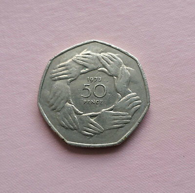 Elizabeth II Large 1973  50  Pence. EEC-Joined Hands.
