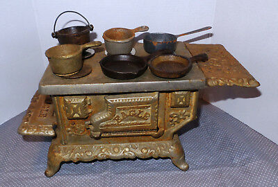 Vintage Antique Eagle Co Cast Iron Salesman Sample Stove w/pans & pot adver