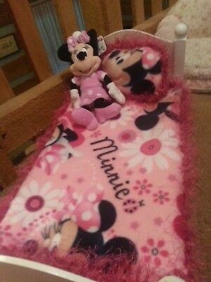18 inch doll blanket and pillow. (Bed, doll and Minnie stuff toy not included.)