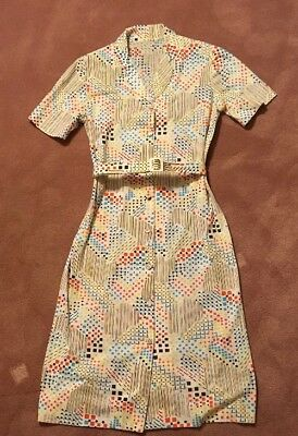 Vintage House Dress 1950's Handmade-Great Mid Century Fabric. Med.