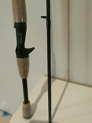 "SHAKESPEARE CONQUEST 6' 0""(1.83m) 2 PIECE BAIT CAST FISHING ROD 6-12lb (MEDIUM)"