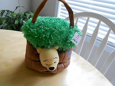 Winnie The Pooh Tree House Purse with Attached Winnie The Pooh Plush - NWT