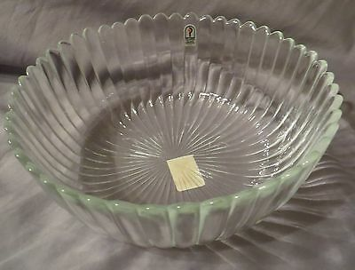 9.5 inch Pilgrim Glass Ribbed Bowl Clear
