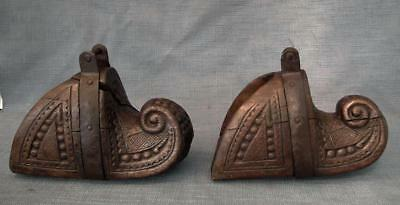 Antique 17-18th Century Spanish Colonialury Large Wood Saddle Stirrups to sword
