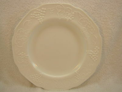 2 milk glass dinner plates grape & Leaf