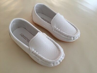 NEW Boys Formal Soft Rubber Sole Loafer MOCCASINS Shoes, White, size 5,6,7,8,8.5
