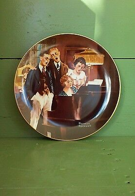"Vintage ""CLOSE HARMONY"" NORMAN ROCKWELL Collector Plate * Knowles"